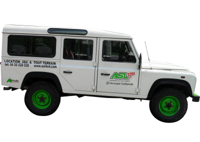 4x4 transport de personnes 9 places assises
